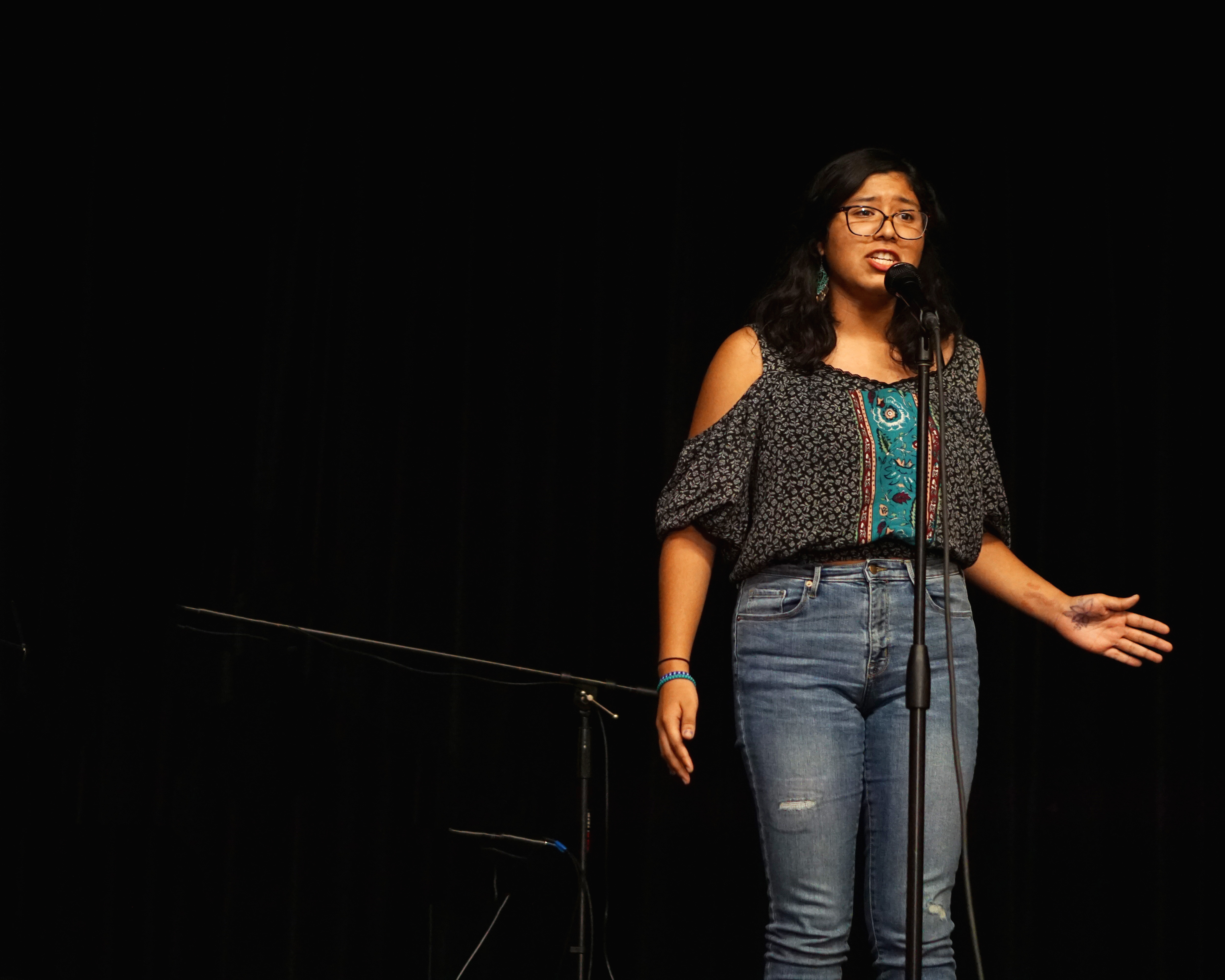 San Gabriel High School Poetry Out Loud finalists compete at the district level