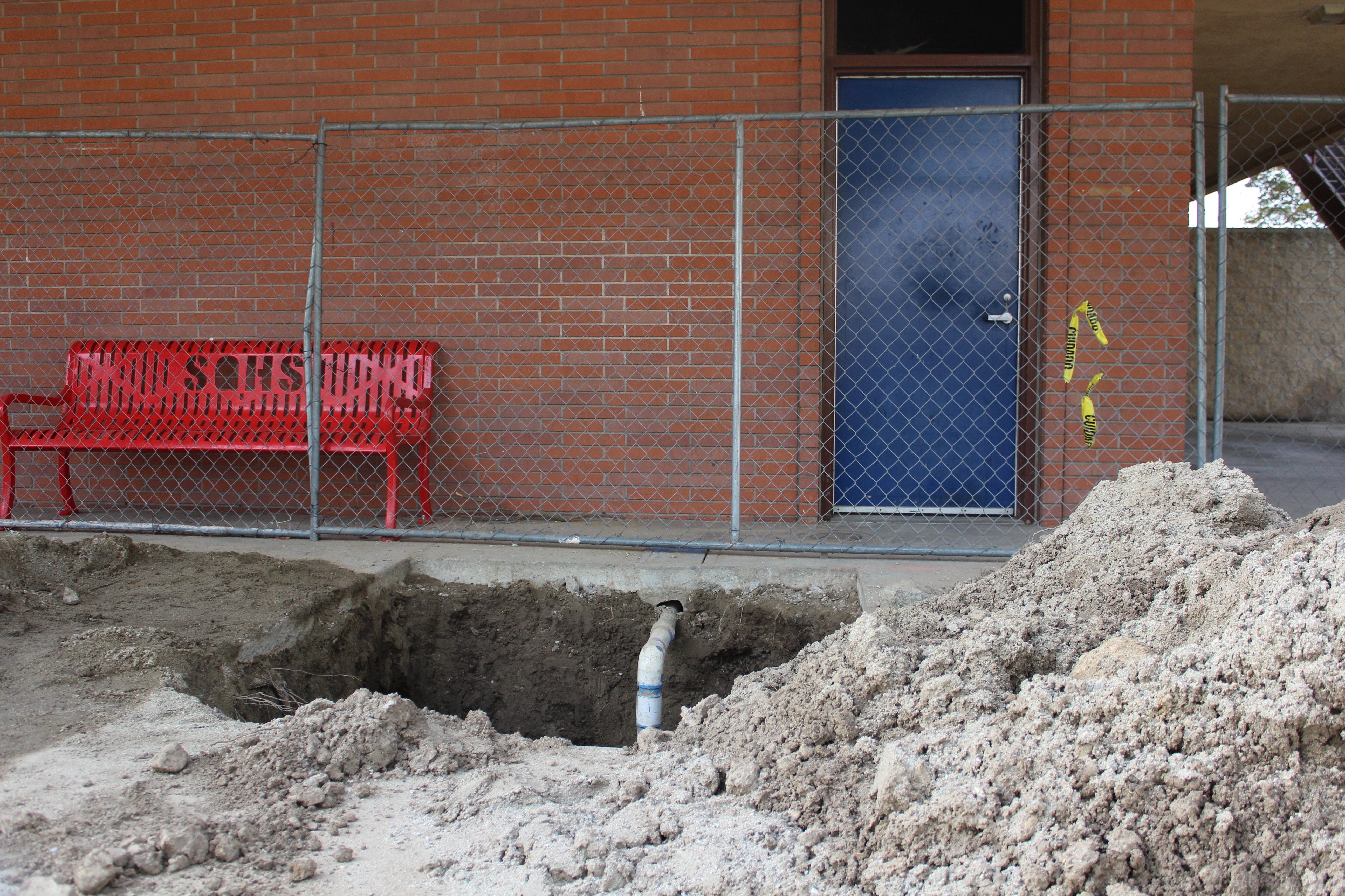 L-building construction seeks to fix leaks