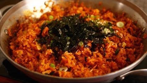 Quick, easy kimchi fried rice recipe