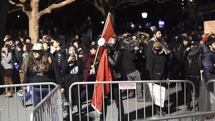 Berkeley students protest Yiannopoulos