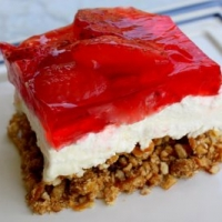 Strawberry cheesecake pretzel recipe