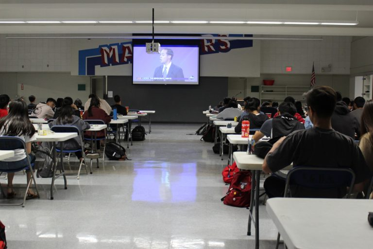 Debate watch party brings political scene to campus