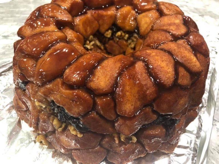 Huynh bakes to take break